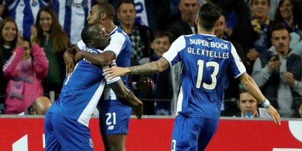 """Paços de Ferreira vs FC Porto - É um Paços de Ferreira """"aflito"""" aquele que recebe o líder FC Porto! Numa fase tão delicada, para a equipa da casa, em que precisa muito de somar três pontos, encontrar o FC Porto não será o melhor adversário. Os dragões lideram a Liga NOS, com cinco pontos de vantagem"""
