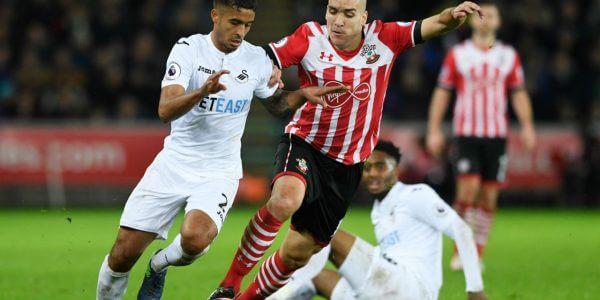 """Swansea vs Southampton • O Swansea tem a """"vantagem"""" de jogar estes dois jogos em casa, e este primeiro precisamente com adversário direto, o que significa que em caso de vitória alcança a permanência. Mas, para o Southampton o jogo é igualmente importante, precisamente nas mesmas circunstâncias. O Nosso prognóstico é"""