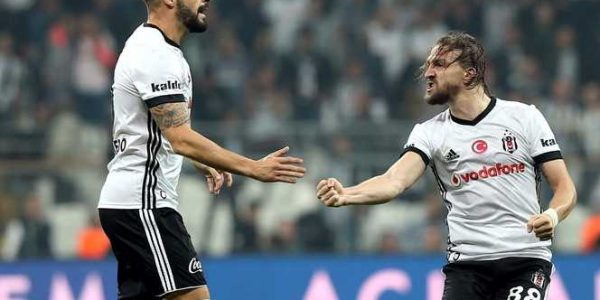 Besiktas vs LASK Linz - UEFA Europa League - Múltipla Gratuita